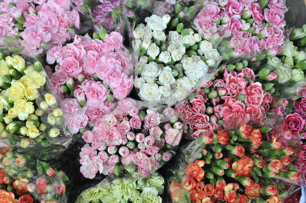 How to Find a Reliable Flower Supplier
